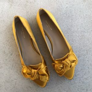 •new• Ann Taylor Factory Mustard Satin Bow Flats